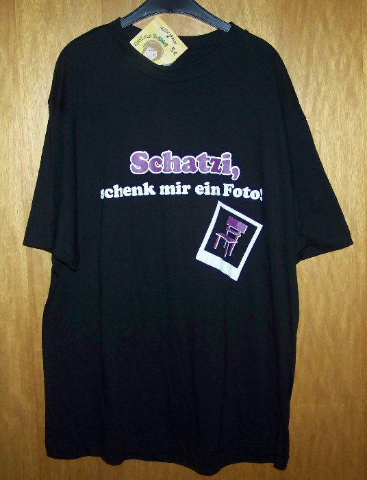 schwarzes t shirt mit mickie krause spruch schatzi schenk mir ein foto ebay. Black Bedroom Furniture Sets. Home Design Ideas