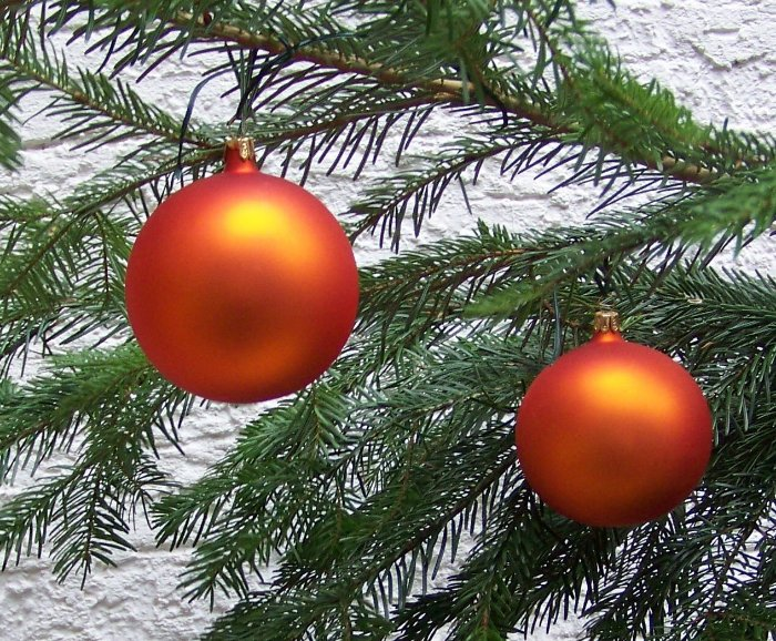4 weihnachtskugeln orange matt 10 cm weihnachtsbaum deko. Black Bedroom Furniture Sets. Home Design Ideas