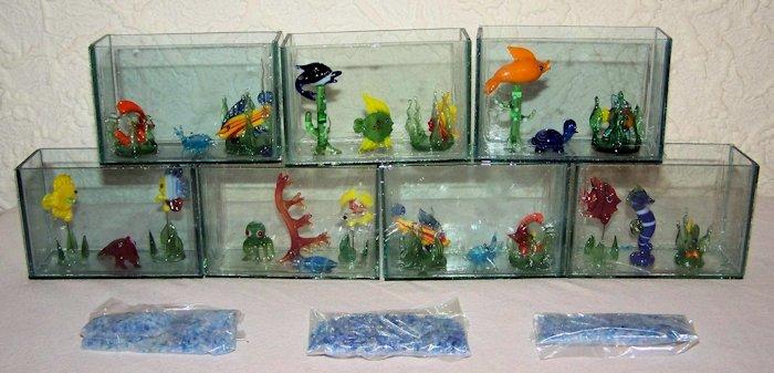 restposten 12 kleine deko aquarien mit kleiner glasdeko. Black Bedroom Furniture Sets. Home Design Ideas